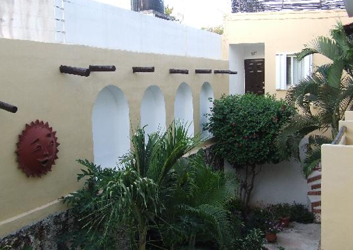 Posada Luna del Sur, great budget bed and breakfast in Tulum