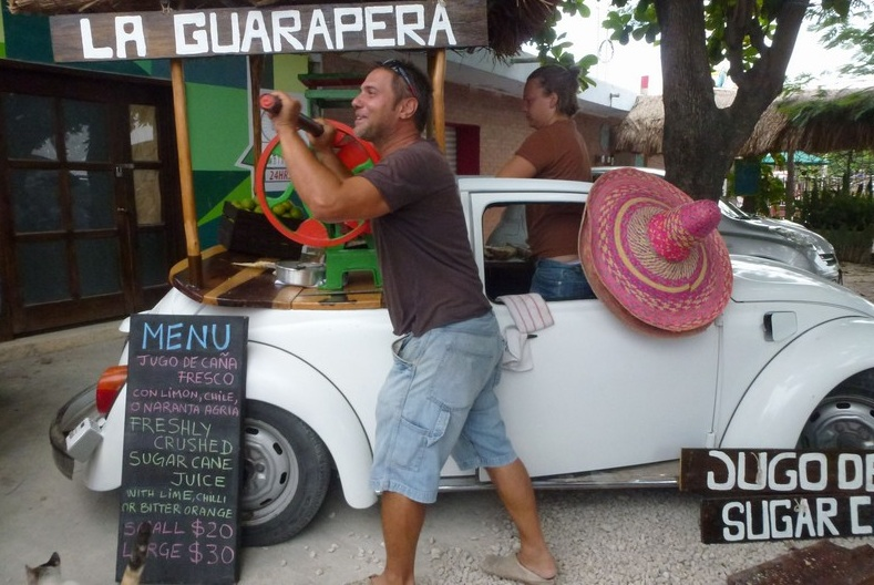 Fun and sugar cane drinks at La Guarapera